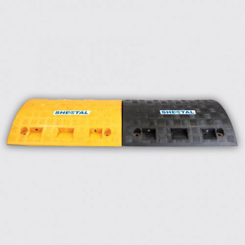 Speed Breaker Rubber M7 - Road Barriers for Safety  - The Sheetal Group